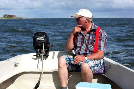 Jan hält Ausschau nach Frischfisch